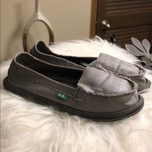 Sanuk women's Ohm my silver slip on yoga shoes 8